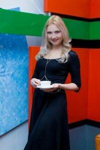 """Надежда Вербицкая - журналист службы новостей, диктор новостей, ведущая программы """"Бодрое утро"""""""