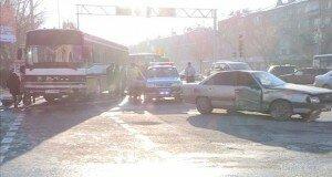 Авария произошла в центре города.