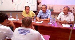 Тренинг для тренеров в Шымкенте. Выступают профессора от футбола