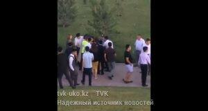 massovuyu-potasovku-shy-mkentskih-vy-pusknikov-s-uchastiem-politsi-mp4_snapshot_00-06_-2017-06-19_17-32-13